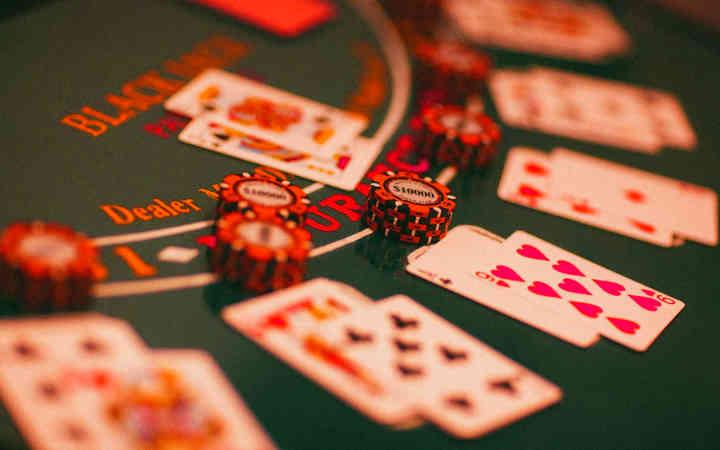 casino poker table online